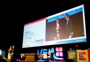 Presentación de la ponencia de Carlos Sainz por Antonio Lacasa